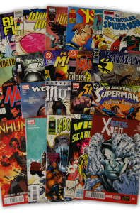 20 Random Marvel and DC Superhero Comic Collection