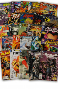 25 Random DC Superhero Comic Collection with Batman